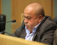 عطية يدعو لعدم سحب الأسلحة من يد الأردنيين