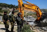 الاحتلال يهدم منزلا في يطا