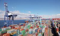ميناء الحاويات يتعامل مع 255 ألف حاوية في عام