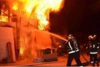 حريق مصنع اثاث في القسطل
