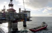 أسعار النفط تتجه للانخفاض في أسيا