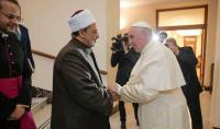 بابا الفاتيكان يستقبل شيخ الأزهر في إيطاليا