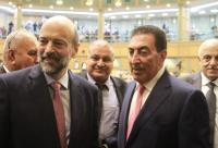 الرزاز يهنىء الطراونة برئاسة المجلس