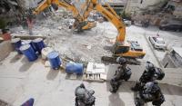 الاحتلال يخطر بهدم 13 منزلا فلسطينيا في القدس