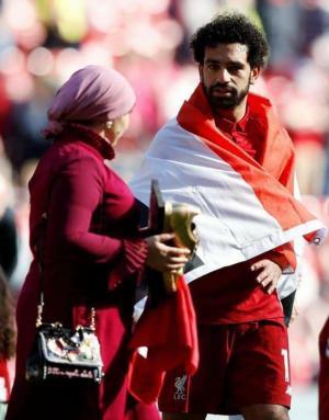 """فتوى جديدة تمنح اللاعبين المسلمين """"رخصة الإفطار""""!"""