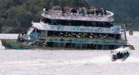 قتلى ومفقودين في غرق مركب بكولومبيا