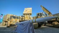 """إيران تكشف عن منظومة دفاع صاروخية قريبة من """"إس-400"""""""