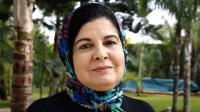 باحثة مغربية تخلع الحجاب وتطالب بالمساواة في الميراث