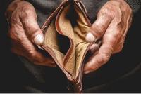 تصريح الحكومة عن الفقر  ..  أرقام صماء وتوقيت يثير الريبة