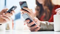 تحذير ..  الهواتف الذكية قد تدفع الى الإنتحار!