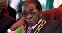 رئيس زيمبابوي روبرت موغابي يستقيل من منصبه