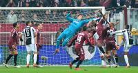 يوفنتوس يهزم تورينو ويتصدر الدوري الإيطالي بهدف رائع
