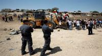الاحتلال يقتحم خان الاحمر بالجرافات