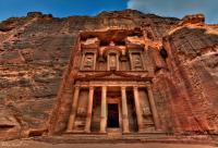 السياحة: الأردن يشهد حركة نشطة وخاصة في البترا