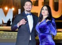أحمد الفيشاوي وزوجته يردان على شائعات طلاقهما - صور