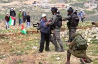 مواجهات واعتداءات للمستوطنين جنوب نابلس