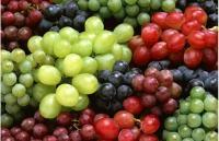 ارتفاع اسعار الليمون والتفاح والعنب في السوق المركزي