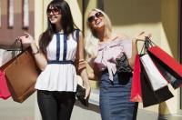 نساء هذه الأبراج مدمنات تسوق