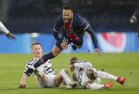 مانشستر يونايتد يصعق باريس بدوري الأبطال