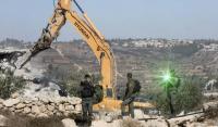الاحتلال يهدم 4 منازل بالطيرة