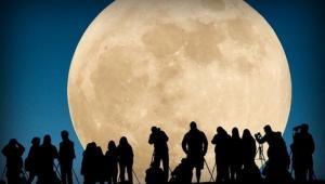 الامارات تطلق مشروعا جديدا لاستكشاف القمر