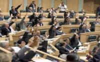 """هذه صورة وقناعة الرزاز  عن """"النواب"""" .. الأردنيون يستحقون أفضل"""