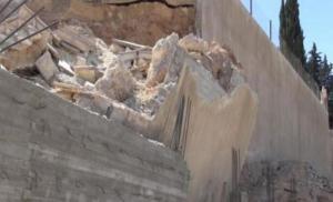 مقتل طفل بانهيار جدار منزلهم في الرمثا