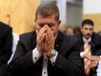 نجل مرسي: تم دفن والدي في مقابر مرشدي جماعة الاخوان المسلمين