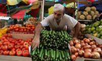 شكاوى من ارتفاع أسعار الخضار والفواكه