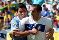 الاتحاد الإيطالي يوقف لاعباً بسبب عضة