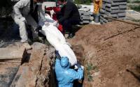 الأردن يسجل اعلى حصيلة وفيات وإصابات يومية بكورونا