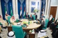 وزير المالية يتابع مخرجات اجتماع مكة