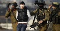 الاحتلال يمدد اعتقال 31 أسيراً