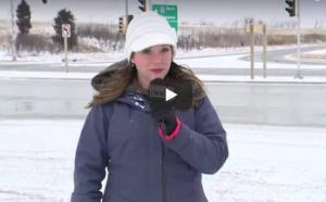 فيديو| كانت تستعد للظهور أمام الكاميرا ..  لكن ما حدث للمراسلة كان مفاجئاً!