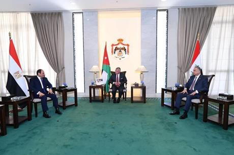 بدء أعمال القمة الثلاثية في بغداد