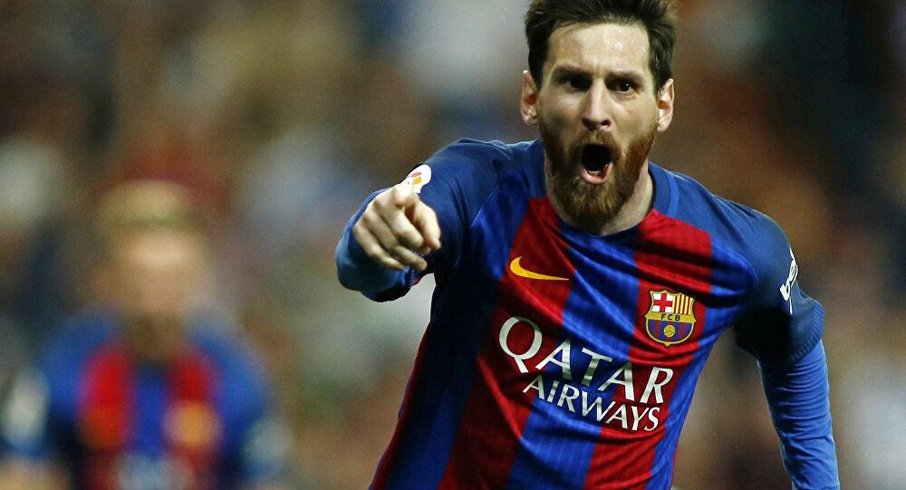 ميسي يمدد عقده مع برشلونة نهاية مايو