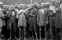 محاكمة عجوز ألمانية بتهمة قتل 11 ألف شخص