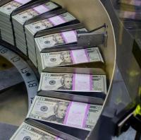 دراسة: كل 50 ألف دولار يتم توفيرها تزيد العمر سنة