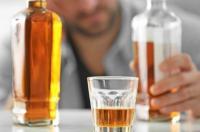 الجزائر ..  وفاة 6 أشخاص احتسوا كحول مغشوشة