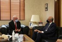 وزير الأشغال العامة والإسكان يلتقي السفير التونسي