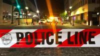 """رجل """"عاري"""" سرق سيارة شرطة وحطمها ..  ما القصة؟"""