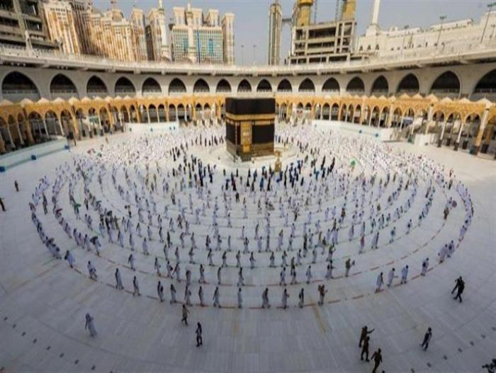 السعودية تعلن إقامة الحج للمواطنين والمقيمين