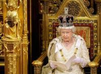 """""""الذبابة الميتة"""" من ضمن شروط الانضمام إلى خدمة ملكة بريطانيا"""