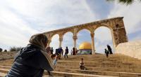 طفل يعثر على تحفة ذهبية في القدس عمرها 3 آلاف عام - صور