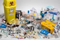 إنذار 19 عيادة لمخالفتها شروط فرز النفايات الطبية
