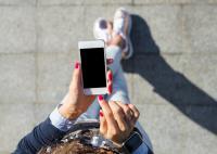 ماذا يحدث لجسمك عند التوقف عن استخدام الهاتف الذكي؟