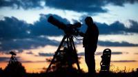 معهد الفلك يحدد موعد أول أيام عيد الفطر