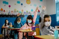 كيف تجهز طفلك لعودة آمنة إلى المدارس؟