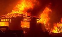 إخماد حريق شب بمصنع مواد طبية