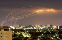 قتيلان إسرائيليان في القصف الصاروخي للمقاومة لتل أبيب